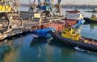 В порту Черноморска турецкое судно столкнулось с причалом