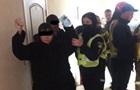 В Ужгороді китайські мігранти влаштували дебош у хостелі
