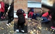 В Полтаве группа девочек избила 8-классницу возле школы