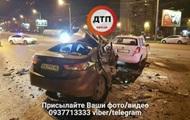 В Киеве у моста Патона столкнулись два авто, есть погибший