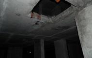 В Киеве на стройке рабочий упал с 25-го этажа