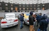 В Украине насчитали 150 000 незаконных авто на еврономерах