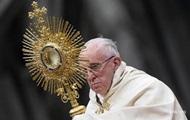 Папа Франциск решил изменить молитву Отче наш