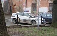 В Черновцах возле школы нашли труп
