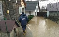 Паводок на Закарпатье: эвакуированы 150 человек