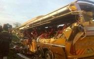 В Кении при ДТП с автобусом погибли 30 человек
