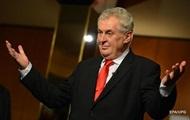 В Чехии перед первым туром президентских выборов лидирует Земан – опрос