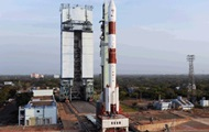 India will launch into orbit the satellite at the same time 31