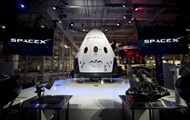 SpaceX has postponed tests of a passenger ship Dragon