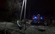 Под Киевом пьяная женщина водитель врезалась в столб