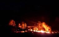 В РФ из-за пожара на нефтепроводе загорелись дома