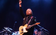 Американский рок-музыкант Том Петти умер от передозировки лекарств