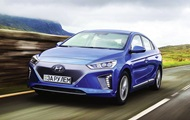 Test-drive electric hatchback Hyundai Ionic