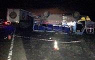 На Херсонщине грузовик протаранил автобус