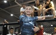 Чемпион UFC собирался отрезать себе ногу для участия в титульном бою