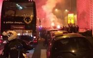 Фанаты Олимпиакоса устроили беспорядки после поражения в матче с АЕКом