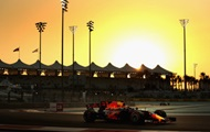 Ред Булл показал заезд болида Формулы-1 по соляной пустыне глазами пилота