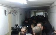 Полиция, НГУ и титушки. Труханову избирают меру пресечения