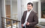 Насиров судится с Кабмином ради восстановления в должности