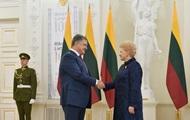 Порошенко прилетел в Литву