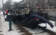 В Киеве из-за ДТП остановился скоростной трамвай