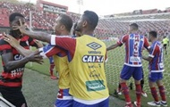 В Бразилии судья удалил девять футболистов