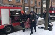 В Хмельницком из-за пожара в многоэтажке спасатели развернули спецоперацию