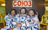 To Earth from the ISS returned three cosmonauts