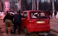 Опубликовано видео с места взрыва машины в Донецке