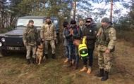 На кордоні з Польщею затримали трьох індусів