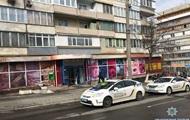 В Киеве мужчина устроил стрельбу в магазине из-за конфликта с кассиром
