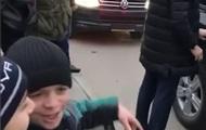 Уезжай отсюда : дагестанские школьники освистали Путина