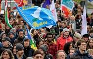 Тысячи немцев вышли на митинг против войн в мире