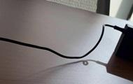 Сеть озадачила оптическая иллюзия со шнуром