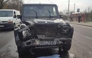 В Киеве пьяный автомойщик устроил ДТП на угнанном авто