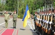 Комитет НАТО готов поддерживать Киев оружием