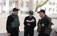 В Херсоне из ТРЦ эвакуировали 700 человек из-за сообщения о