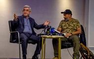 Премьер Армении ушел со встречи с лидером протеста