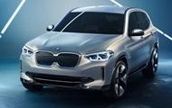 BMW показала свій перший електричний кросовер