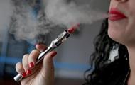 У РФ від вибуху електронної сигарети постраждали три студентки