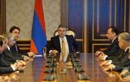 У Вірменії чотири міністри пішли у відставку