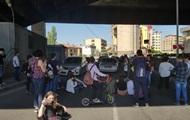 Протесты в Ереване: заблокированы основные дороги