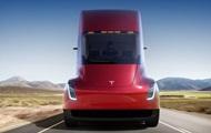 Против Tesla подан иск на два миллиарда долларов