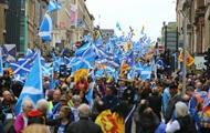 В Глазго десятки тысяч людей требовали независимости Шотландии