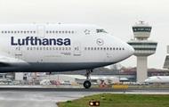 Отказал двигатель: самолет со 158 пассажирами экстренно сел в Берлине
