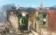 Сепаратисты из артиллерии разрушили дома и ранили женщину