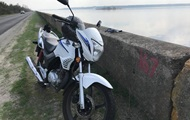 У брата Найема угнали мотоцикл из-под здания суда