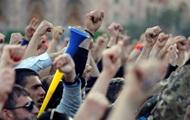 В Єревані демонстранти увірвалися в будівлю мерії