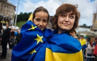 Порошенко: 70% украинцев за вступление в ЕС