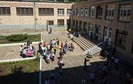 В Николаеве из школы эвакуировали 400 учеников